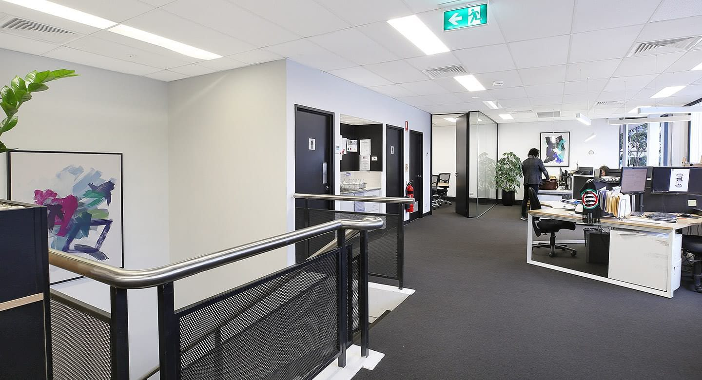 10HillRoad_Office_01